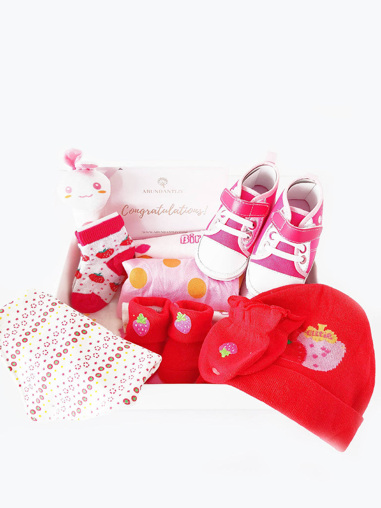 Strawberry Baby Gift Box (Klang Valley Delivery Only)