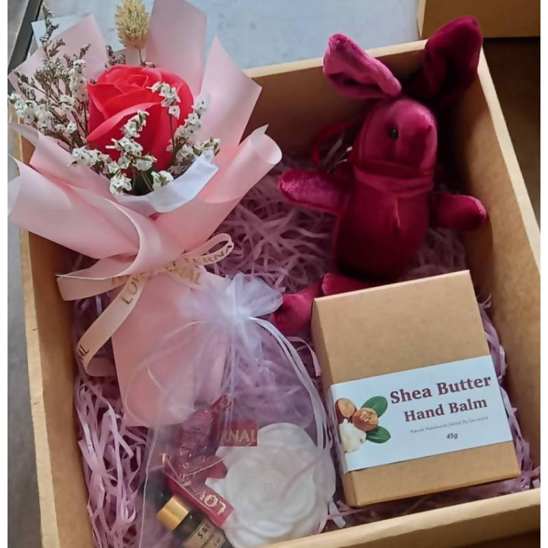 Mother's Day 2021 Gift Box (West Malaysia Delivery Only)