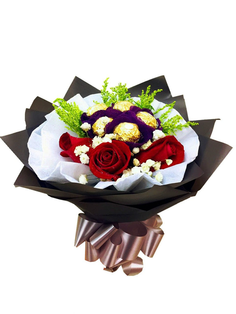 Red Rose With Ferrero Rocher Bouquet | Giftr - Malaysia\'s Leading ...