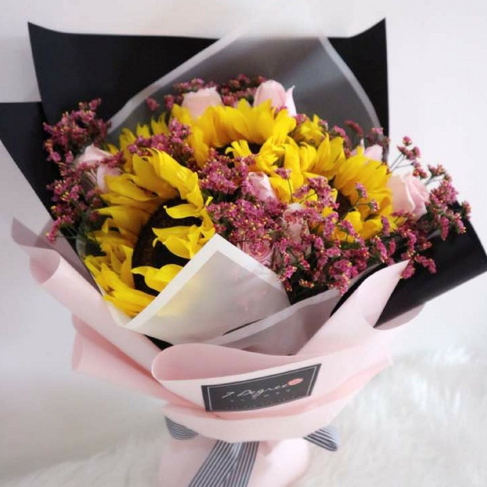 Sunflower & Pink Roses Bouquet