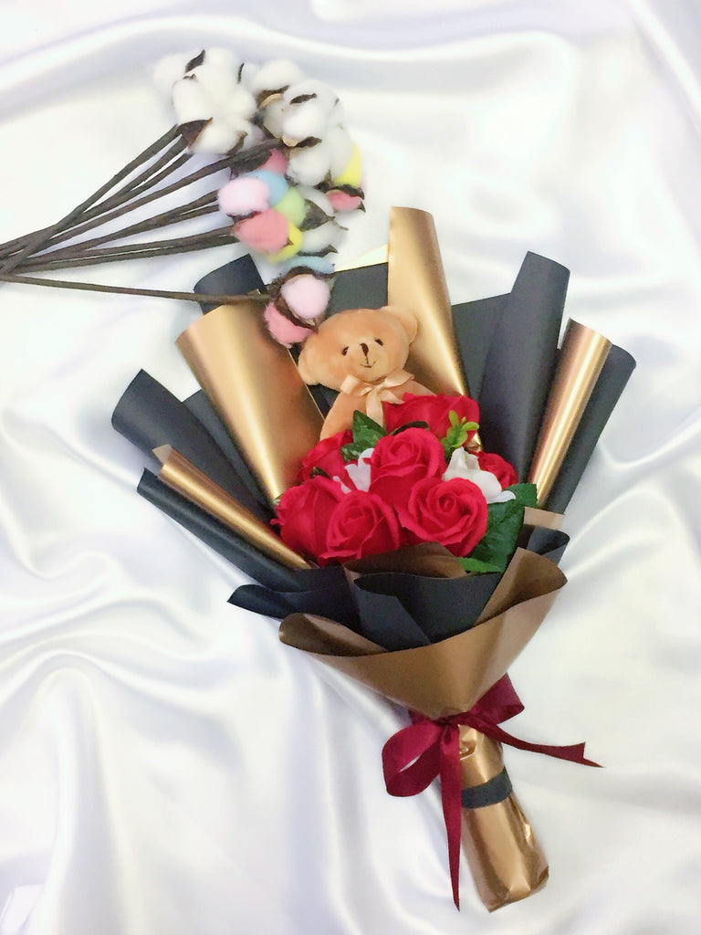 Red Soap Rose With Bear Bouquet