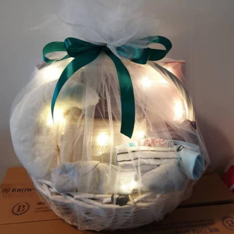 New born Baby Boy Gift Basket (Big Size) (Kota Kinabalu Delivery Only)