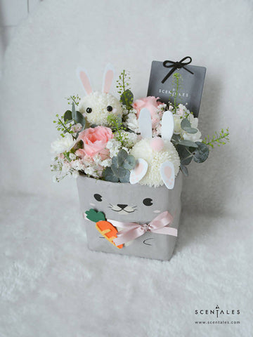 Ash The Bunny (Carrot Hunt) Kraft Bag