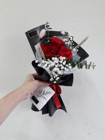 Desiderio - Rose Flower Bouquet (Johor Bahru Delivery only)