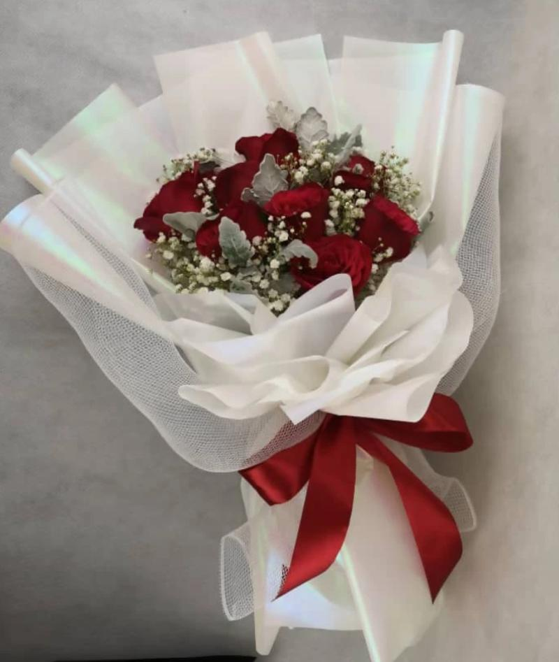 Valentine's Day 2020 Heart Diamond Roses Bouquet