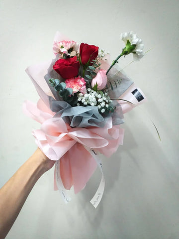 Mix Di Garofano Flower Bouquet (Johor Bahru Delivery only)