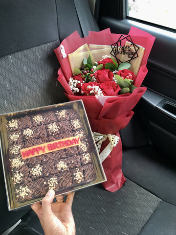Flower Bouquet with Brownies (Penang Delivery only)