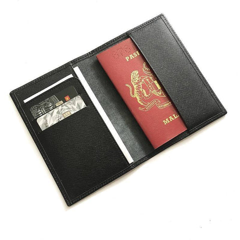 Leather Travel Set B - Multi-Slot Passport Holder + Stylish Keychain Set