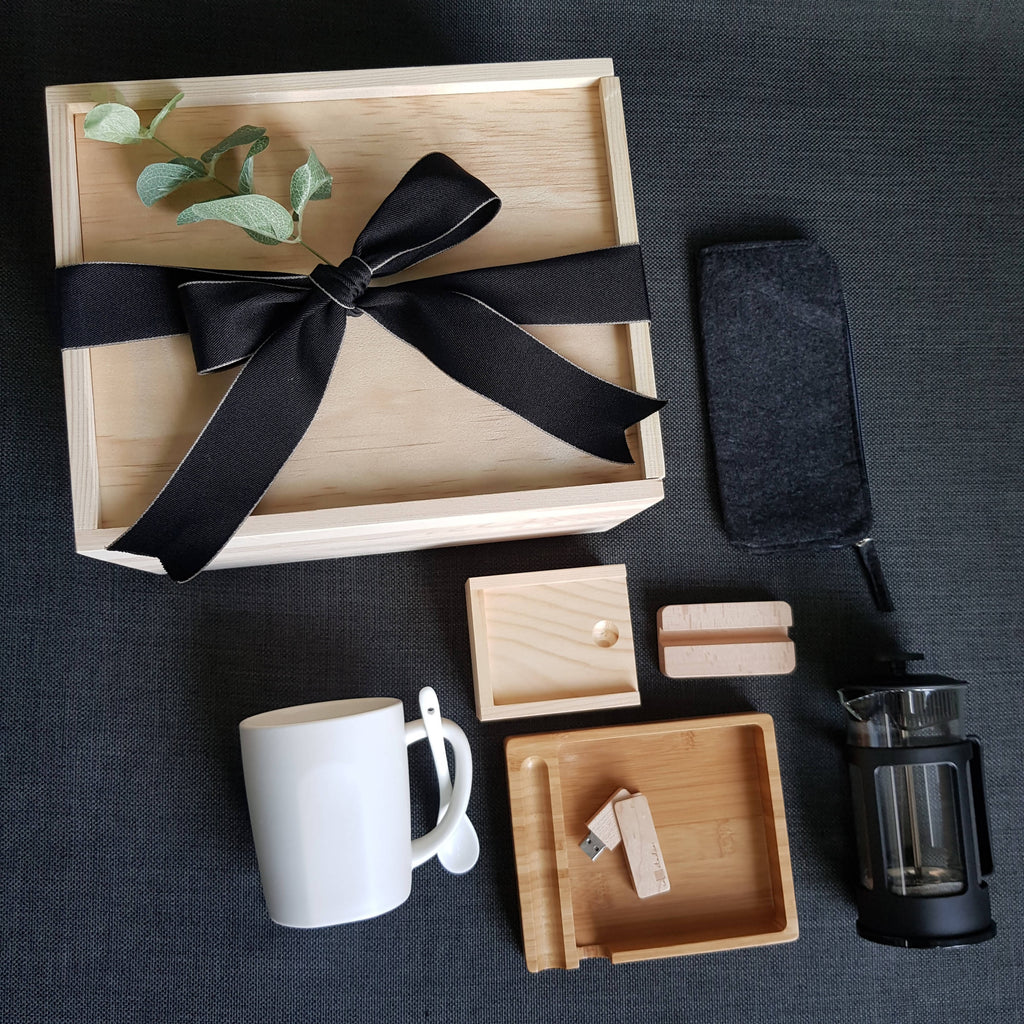 FOR HIM GIFT BOX 28 (Klang Valley Delivery)