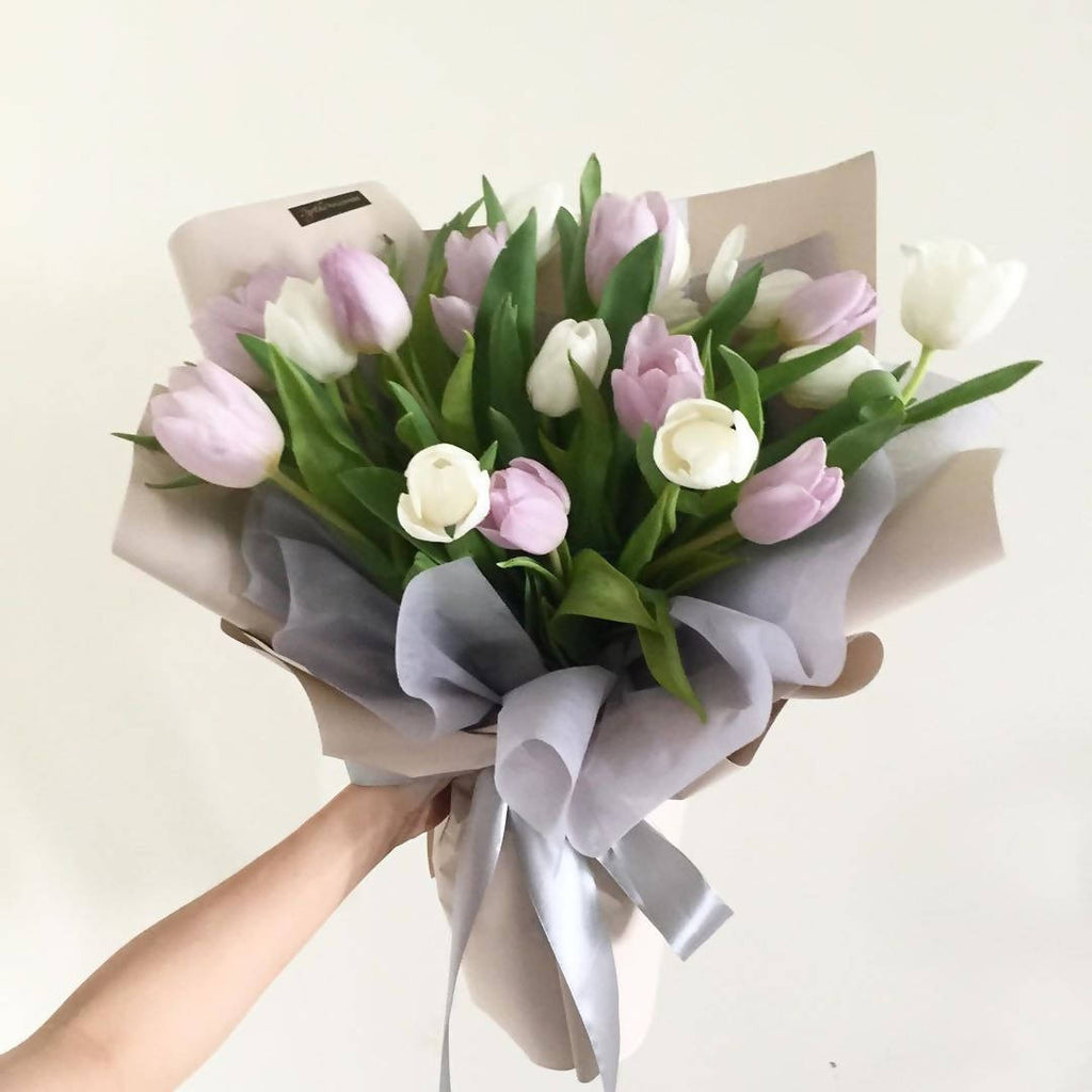 You Re So Beautiful Flower Bouquet Giftr Malaysia S Leading Online Gift Shop