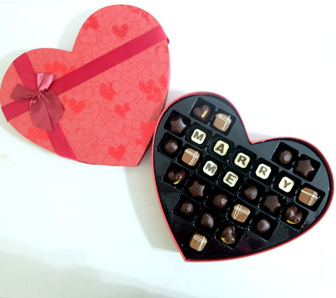 LOVE Chocolate Pralines Gift (27pcs)