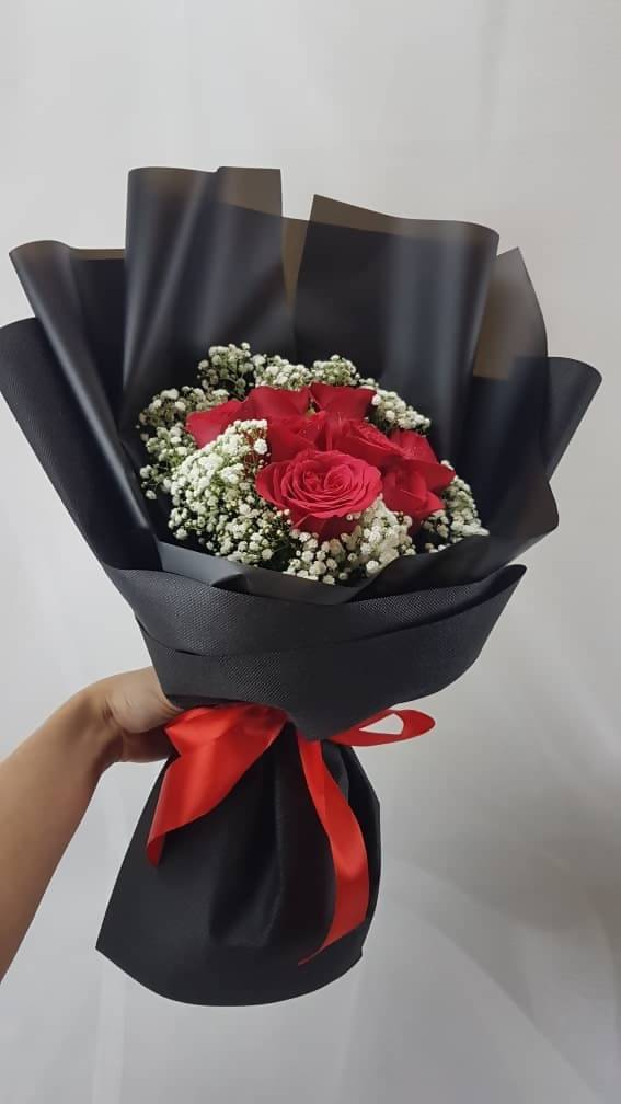 Red Roses in Classic Black