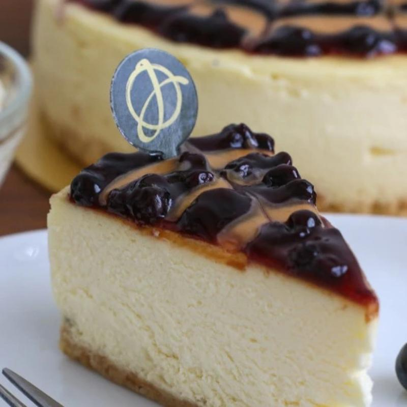 Peanut Butter & Blueberry Cheesecake