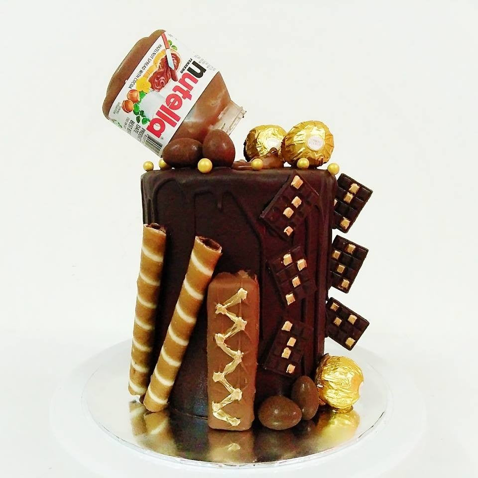 Chocoholic Cake with Nutella