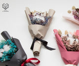 Jolly Gift Set (Twinkly Clutch & Dried Bouquet)