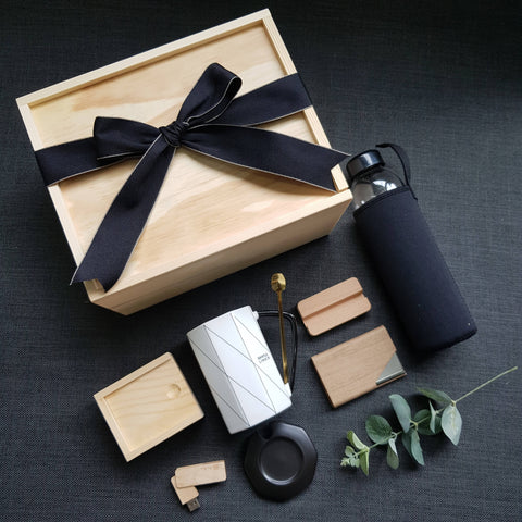FOR HIM GIFT BOX 18 (Klang Valley Delivery)