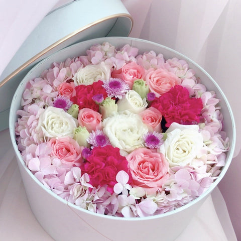Eighteen Blossom's Flower Box - Large Round Box