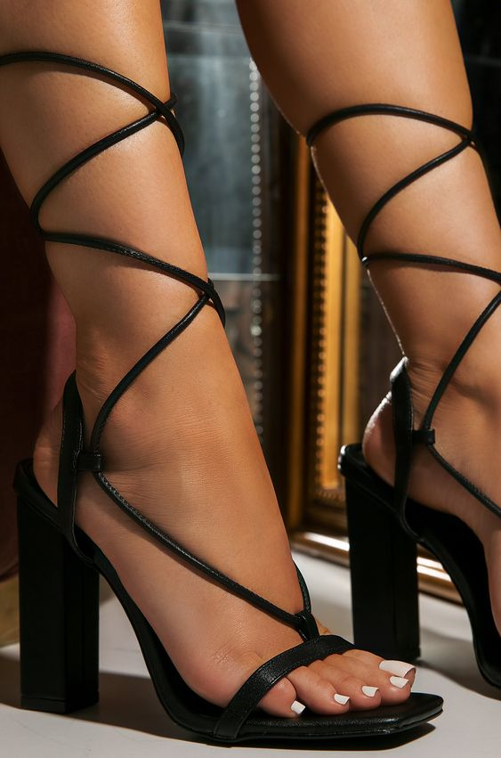 Block Him Strap Up Heels | Black