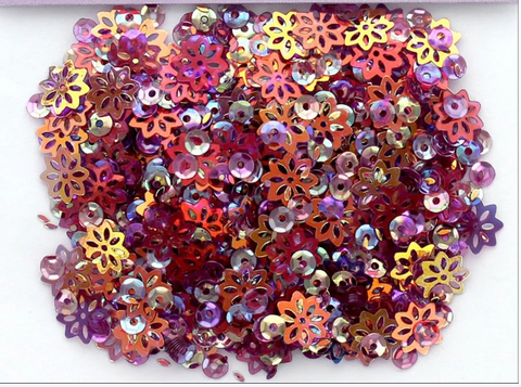 Buttons Galore 28 Lilac Lane - Plum Sequins (1 Tbsp)