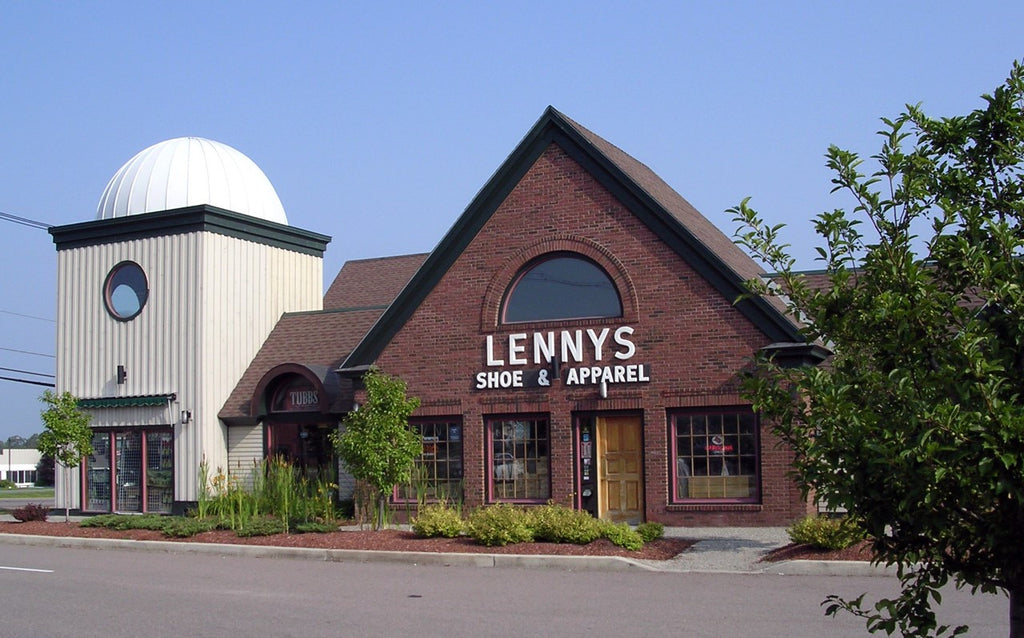Lenny's Shoe & Apparel Williston Vermont Store