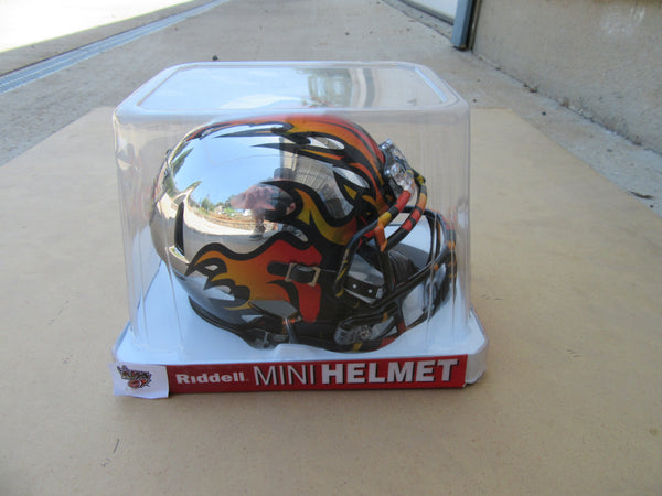 LA KISS Mini Chrome Helmet