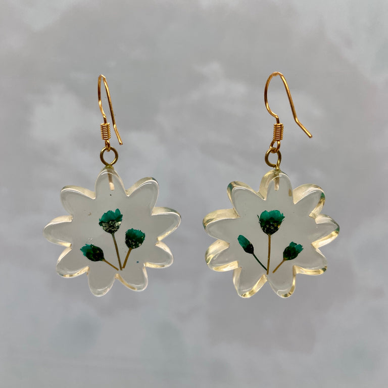 Vintage Resin Floral Green Dried Flower Earrings
