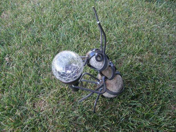 Yard Art Solar Ant