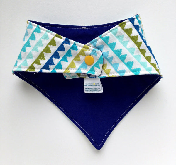 Zig Zag Aqua Drool Catcher with solid blue on reversible side