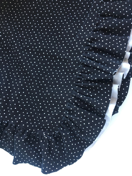 Black & White dot Organic Knit Ruffle Blanket - Lightweight