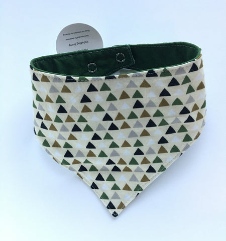 Peaks / Solid Army Green Drool Catcher