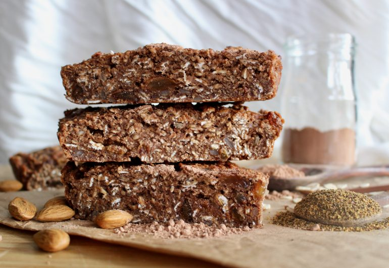 NATIVE FOOD MONTH: CHOCOLATE AND WATTLESEED MUESLI BARS
