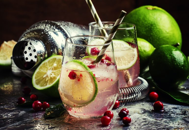 NATIVE FOOD MONTH: CRANBERRY, FINGER LIME AND GIN COCKTAIL