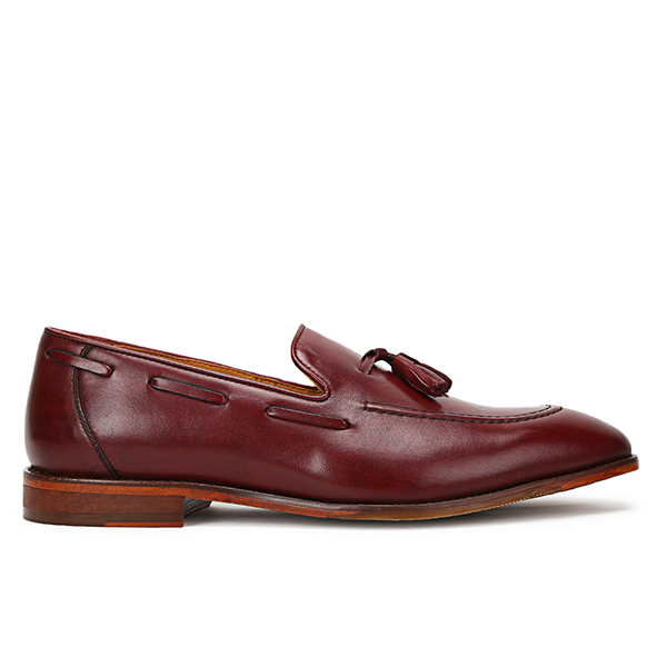 Ivy: Burgundy Tasselled Loafer