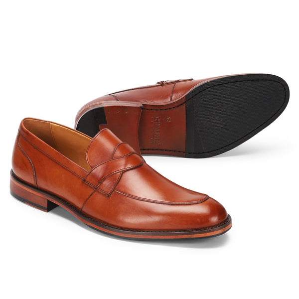 Austin: Tan Saddle Loafer