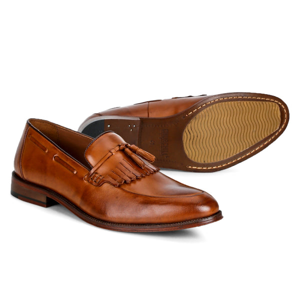 Jones: Tan Kiltie Loafer
