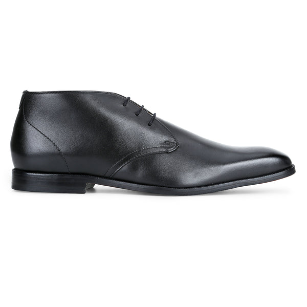 Tuffin: Black Chukka Boot