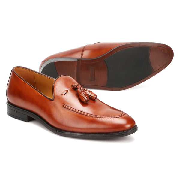 Clover:  Tan Tasselled Loafer