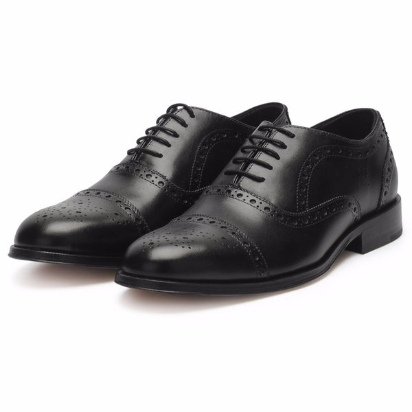 Smith: Black Brogue Oxford