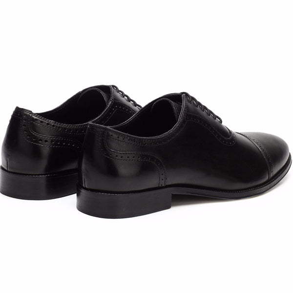 Scott: Black Brogue Toe-Cap