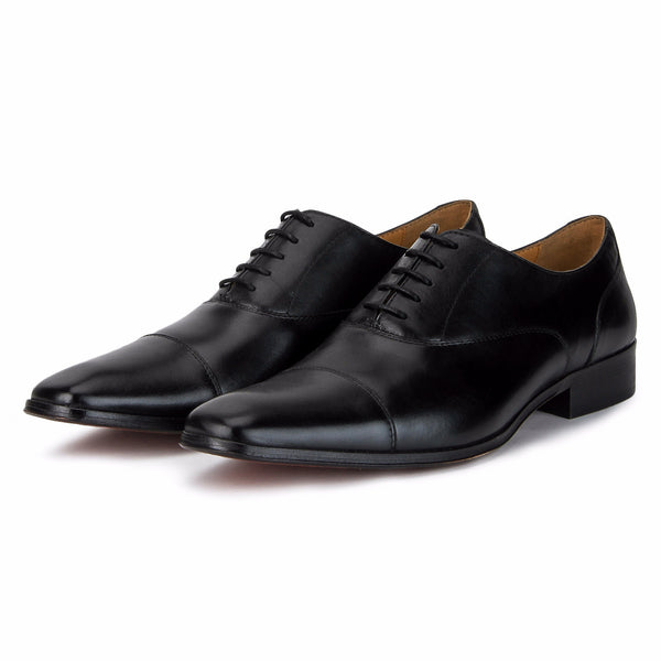 Keyse: Black Lace Up Oxford