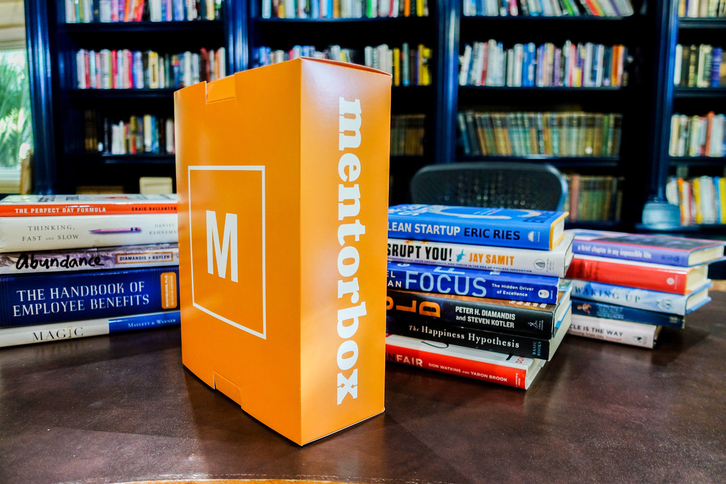A powerful self-education box to learn and retain life-changing concepts
