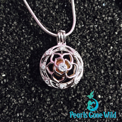 Sterling Silver Flower Pendant & Necklace