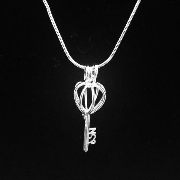 Key Pendant & Necklace