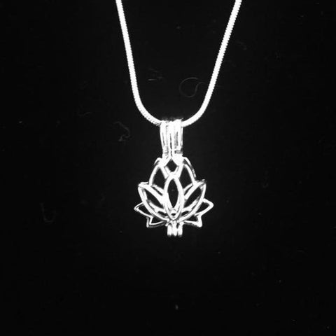 Lotus Pendant & Necklace