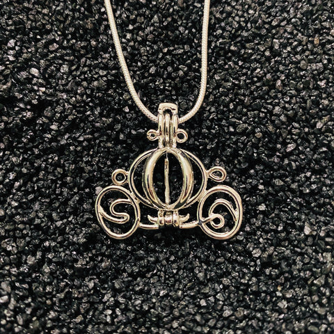 Princess Chariot Pendant & Necklace