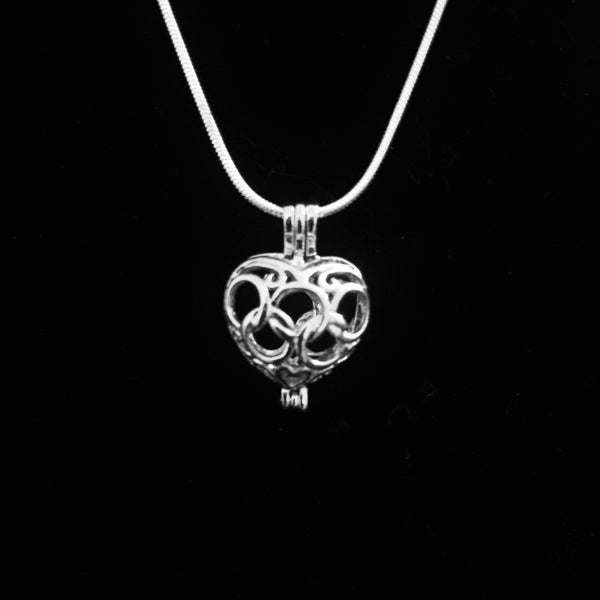 Heart Pendant & Necklace