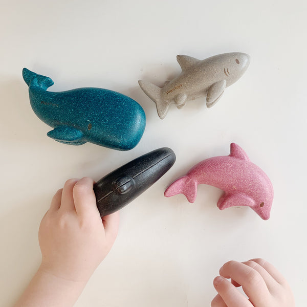 WOODEN OCEAN ANIMALS