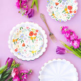 Pretty floral table setting style