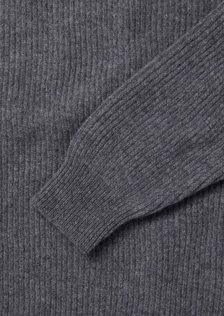 Ribbed Crew in Grey
