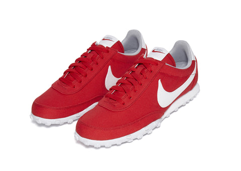 Nike Waffle Racer in Red